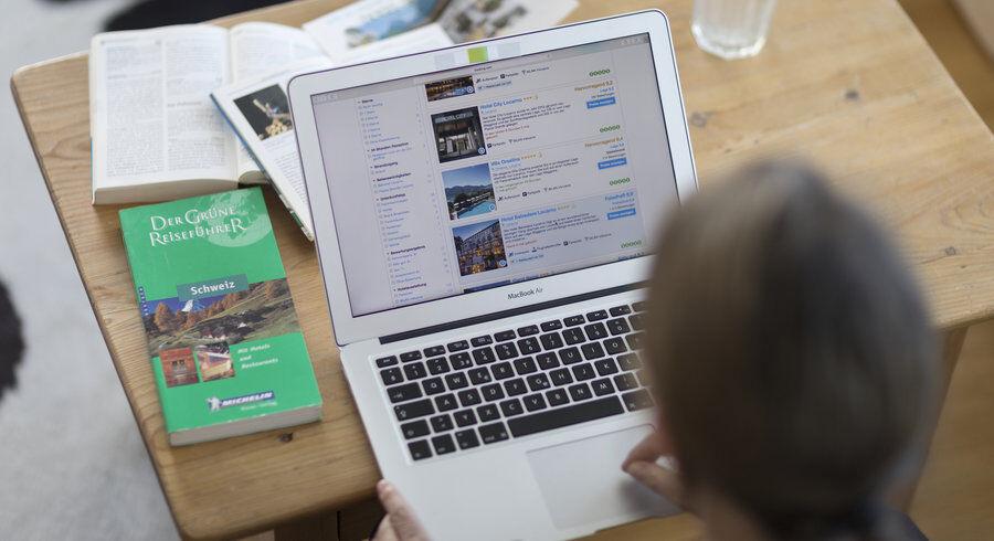 Image d'illustration. Le site internet de l'agence de location Booking. — © KEYSTONE/Gaetan Bally